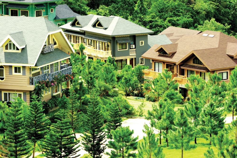 Crosswinds Resort Suites and Hotel
