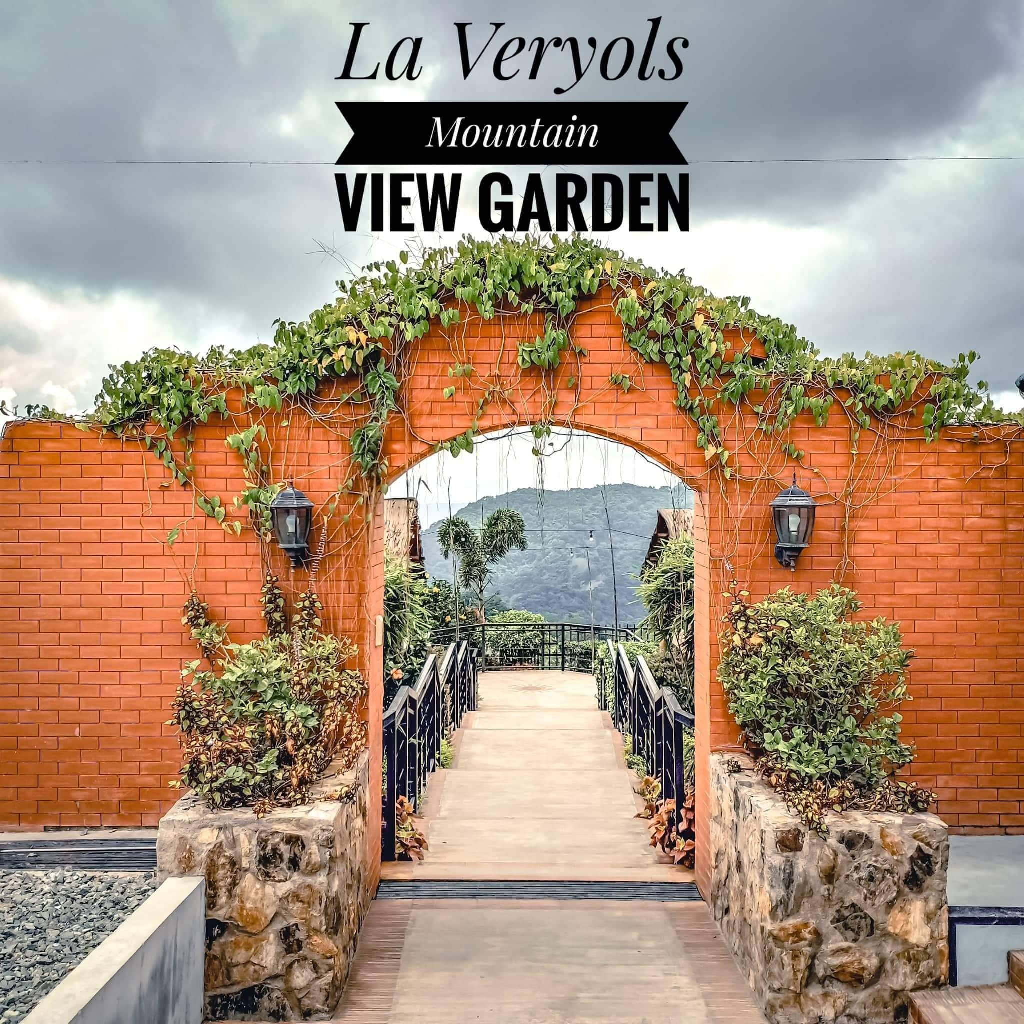 La VeryOl's Mountain View Garden