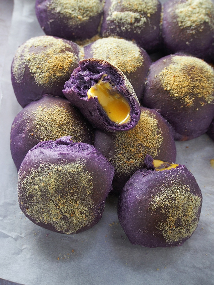 ube pandesal with cheese filling